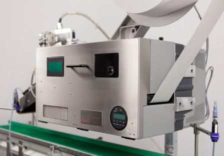 The innovative 81x LPA uses a backing-paper-free label material for carton, tray and pallet labels via LightSmartTM Technology.
