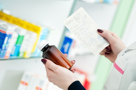 """About 20 per cent of sick Australians delay or don't fill prescriptions because of co-payments."""